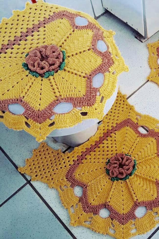 Jogo de banheiro de crochê dual color marrom e amarelo