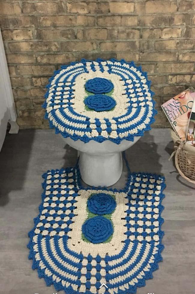 Jogo de banheiro dual color feito em crochê com pontos elaborados