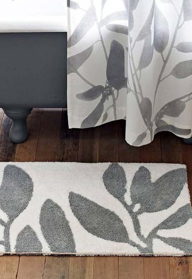 As folhas formam a segunda cor desse tapete dual color