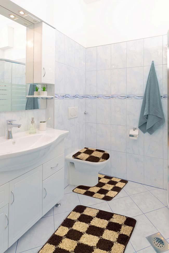 Jogo de banheiro xadrez marrom e bege