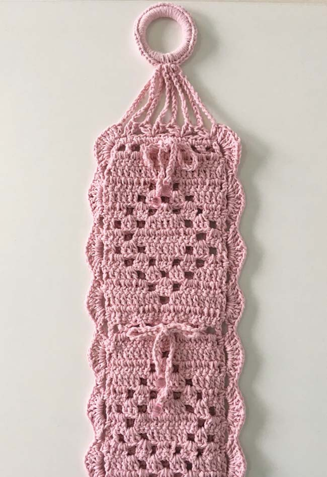 porta papel higiênico de crochê rosa suave