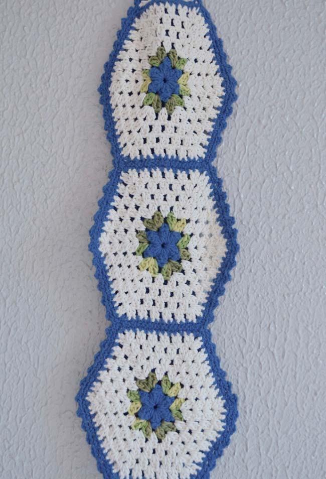 porta papel higiênico de crochê para três rolos