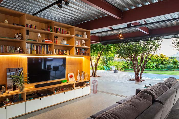 Telhas metálicas na casa moderna