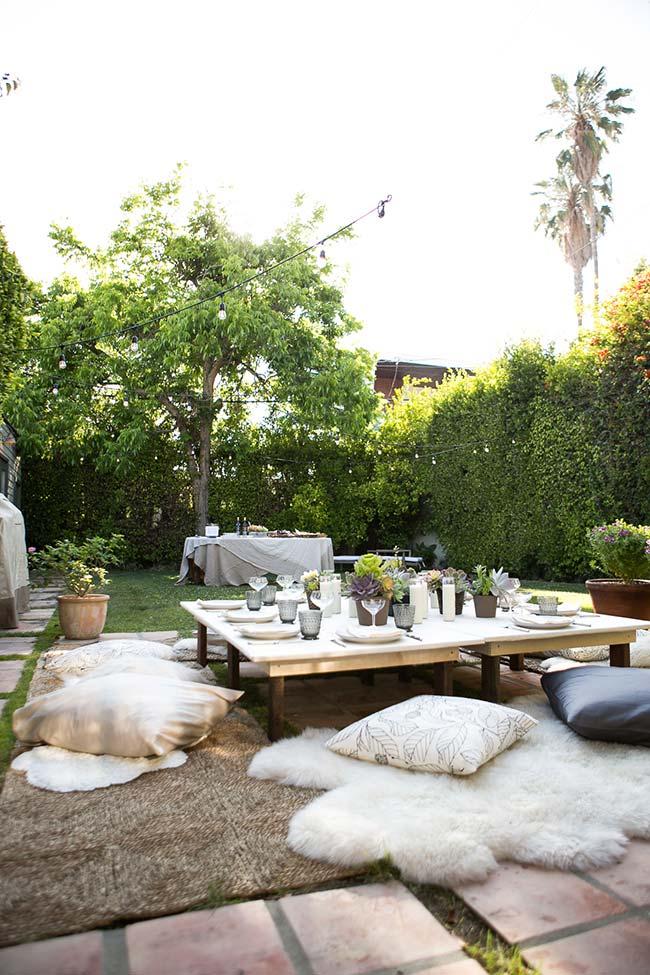 Jardim para reunir os amigos e ter uma refeição agradável