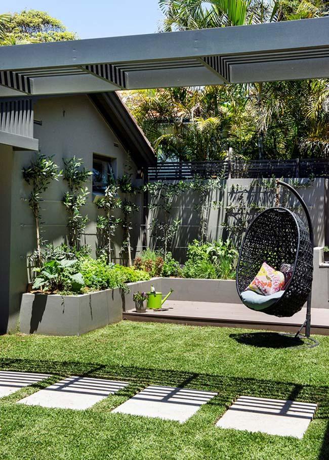 Jardim pequeno de canto de muro