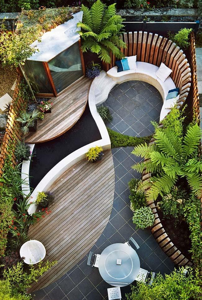 Projeto de jardim pequeno com desenho orgânico