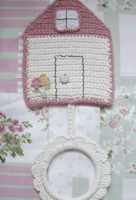 Porta pano de prato de crochê em formato de casinha