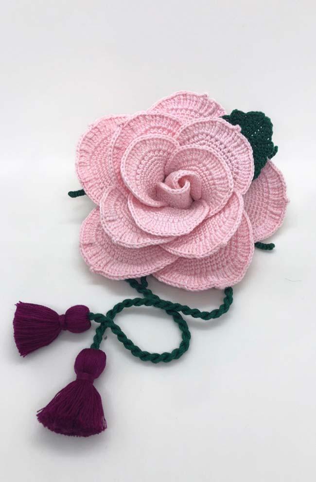 Flor gigante de crochê