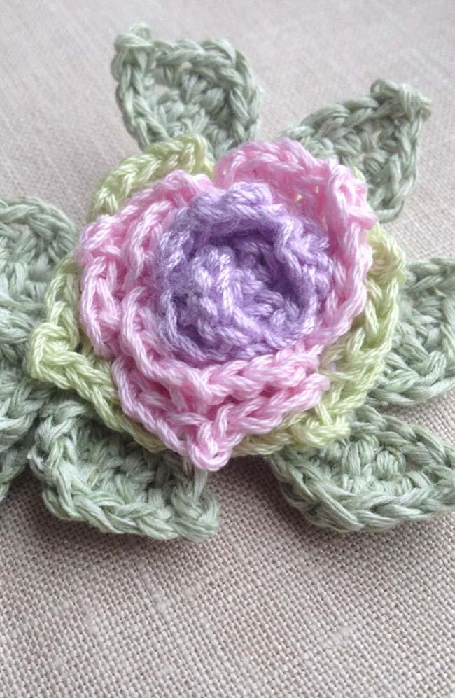 Rosas de crochê para aplicação