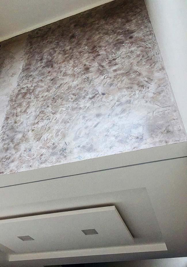 Parede de marmorato mesclado