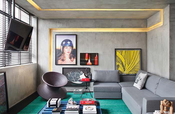 Sala moderna com decoração geek