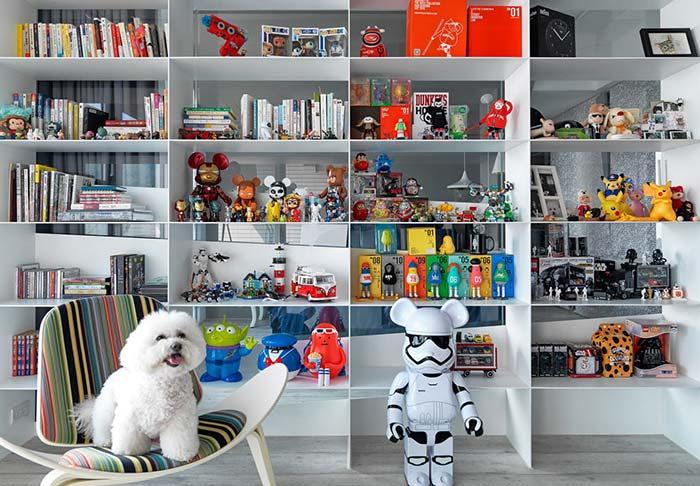 Decoração geek na estante