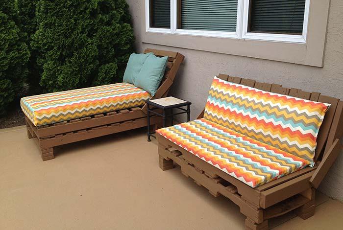 Conjunto de pallets com sofá e sofá cama