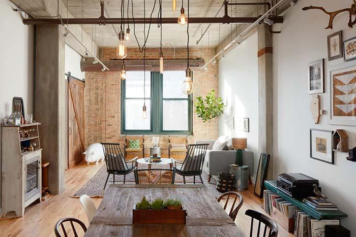 Sala rústica de estar integrada a sala de jantar