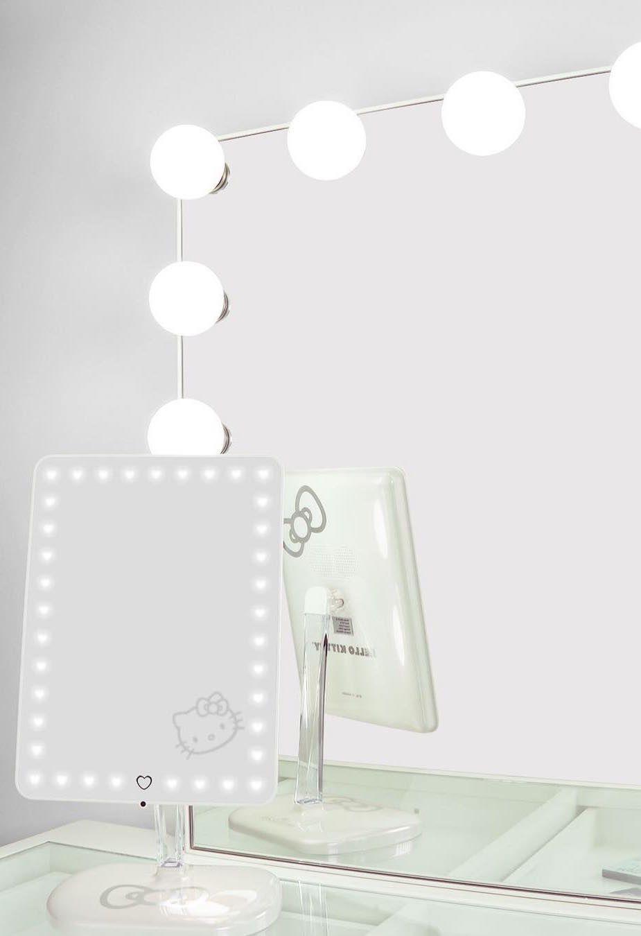 Penteadeira camarim branca, clean e minimalista