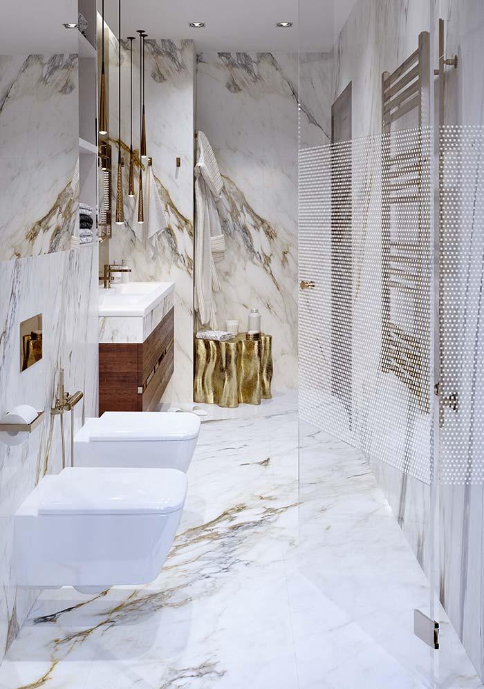 Tons dourados do Calacatta Oro faz com que a pedra seja uma das mais bonitas entre os mármores