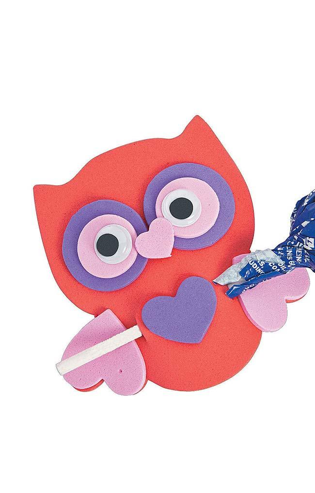 Coruja de EVA com nariz e patinhas em formato de coração