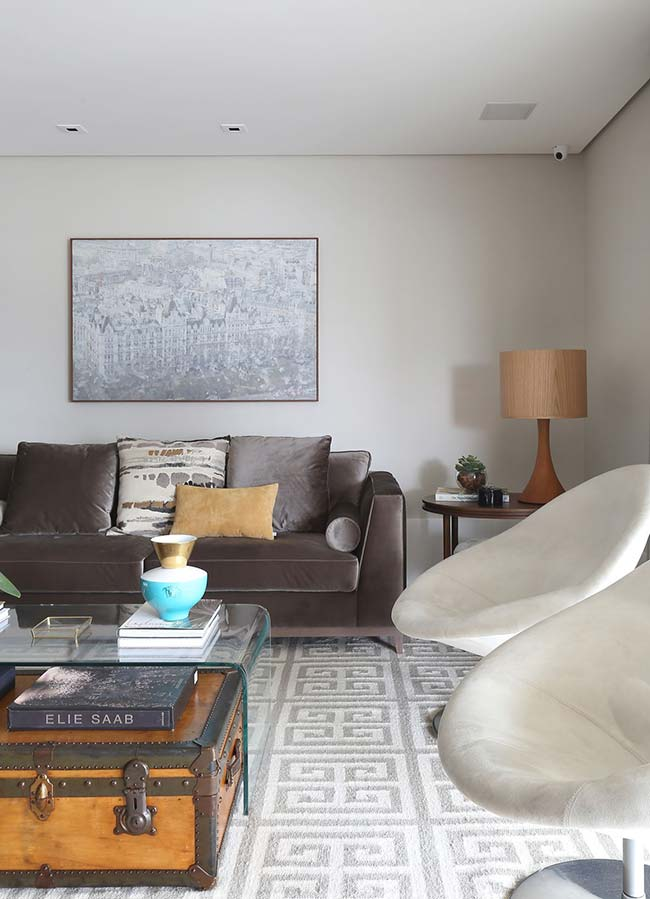 abajur para sala se coloca mais como um objeto decorativo do que funcional