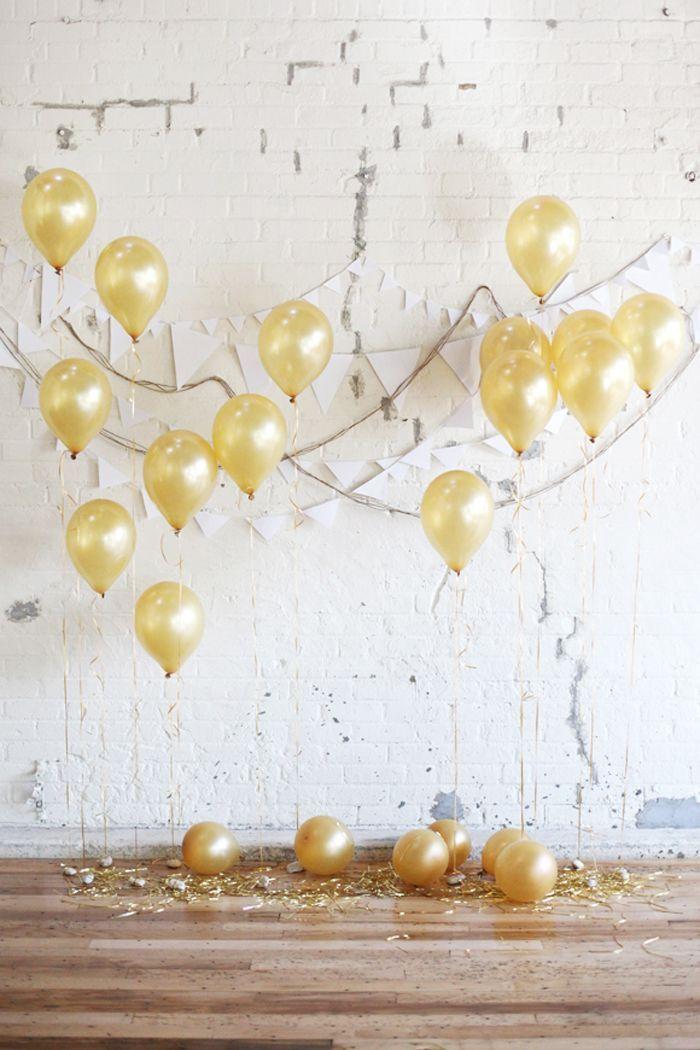 decoração de casamento faça você mesmo: balões dourados cheios de hélio