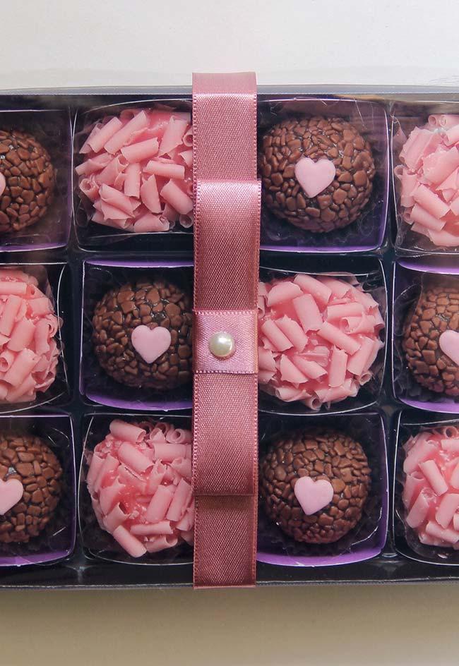 Caixa de doces como lembrancinhas de 15 anos