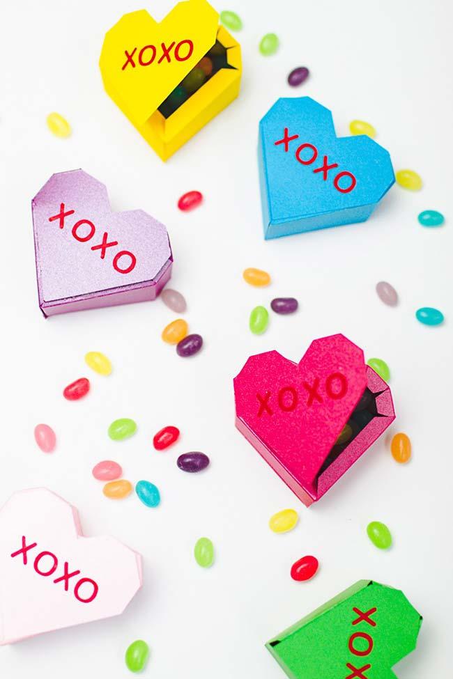 Caixinhas em formato de coração perfeitas para lembrancinhas de 15 anos