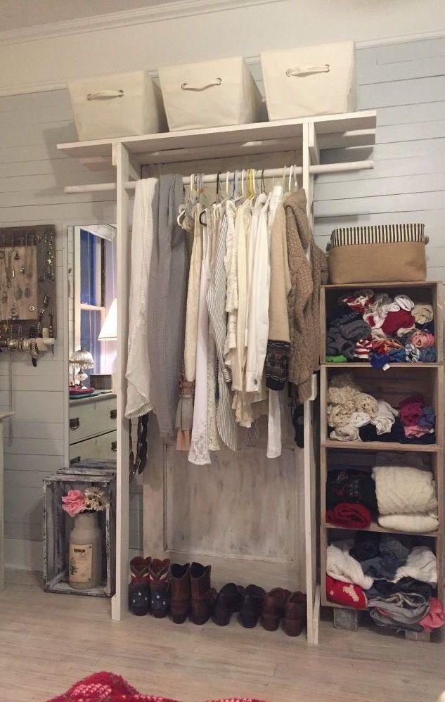 Estrutura mais alta de pallets no guarda-roupa