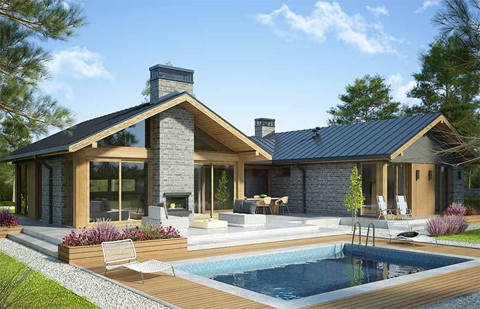 Casa com piscina e telha de zinco