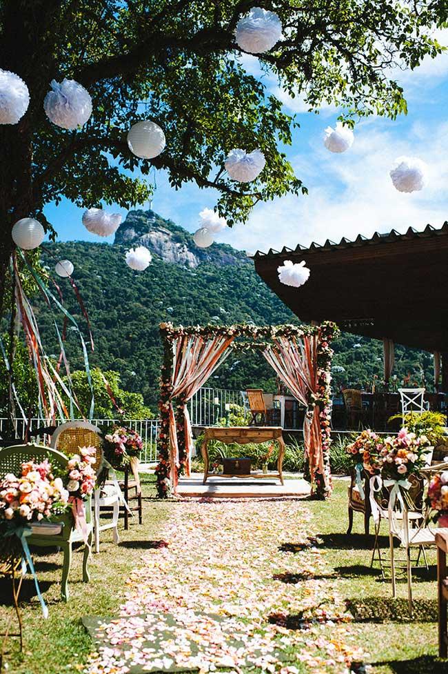Casamento em casa: casa de campo serviu de cenário para esse casamento
