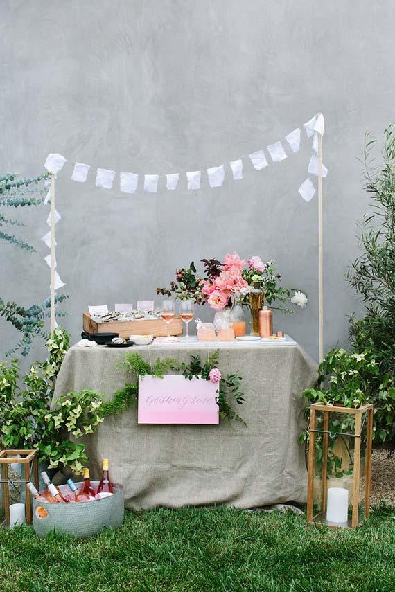 Se tiver um espaço verde na casa, a decoração do casamento em casa já está praticamente pronta