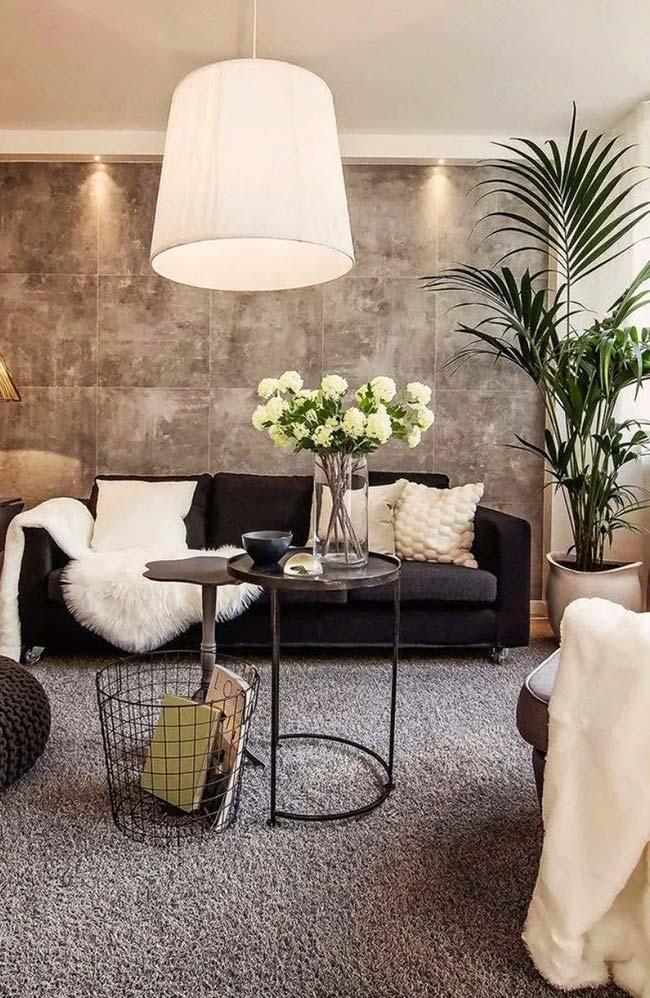Palmeira ráfia na decoração da sala