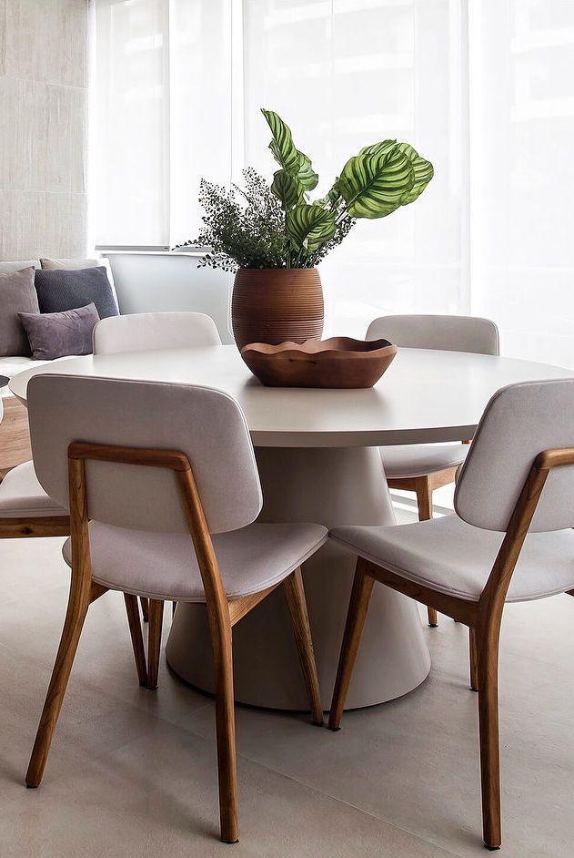 Barro foi o material escolhido para decorar o centro dessa mesa