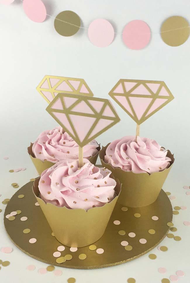 Cupcakes para festa de noivado simples
