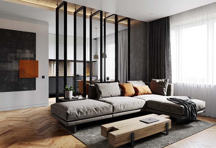 Barras de madeira maciça na sala de estar decorada