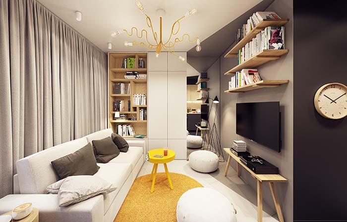 Amarelo e dourado jogam cor e vida nessa sala de estar decorada