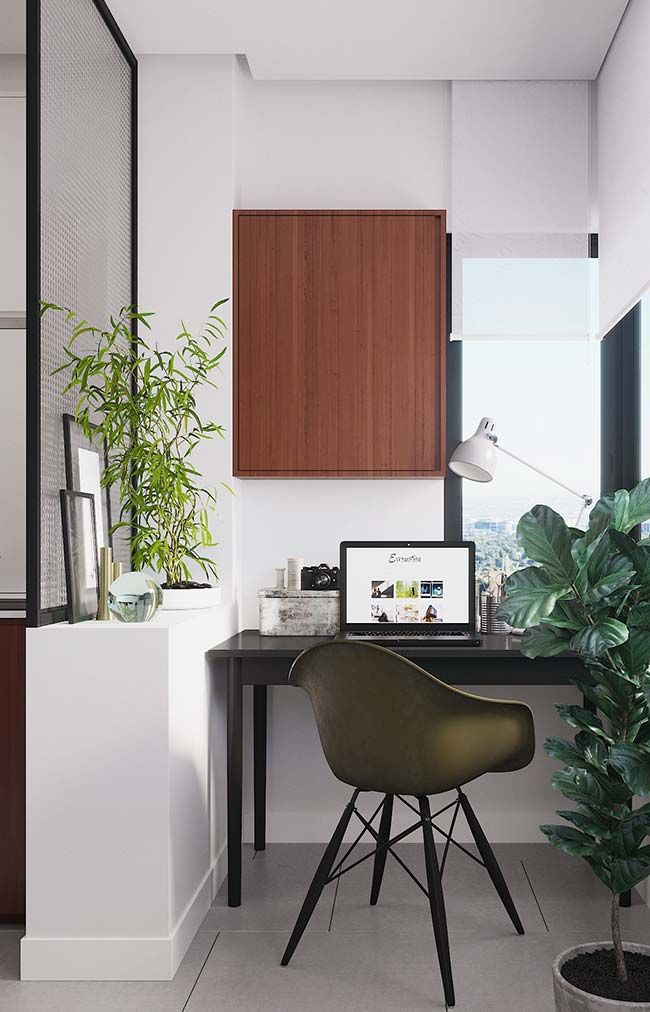 Varanda e home office de apartamento decorado
