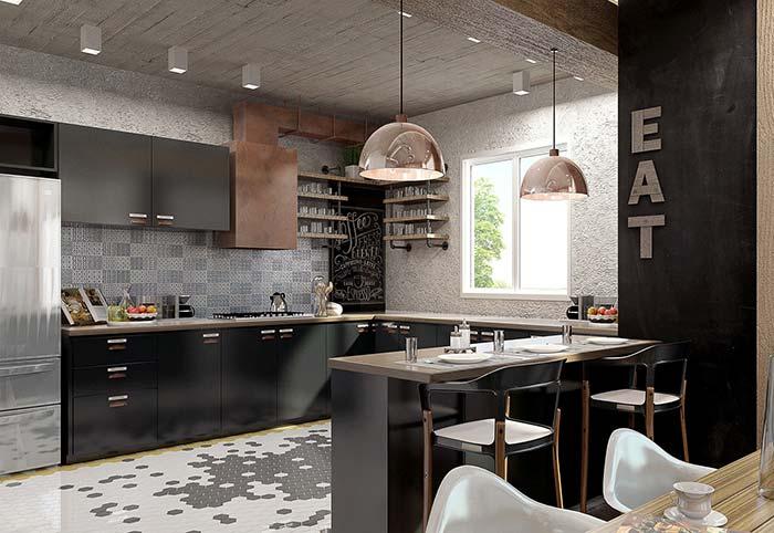 A cozinha ampla desse apartamento decorado ganhou um armário em L