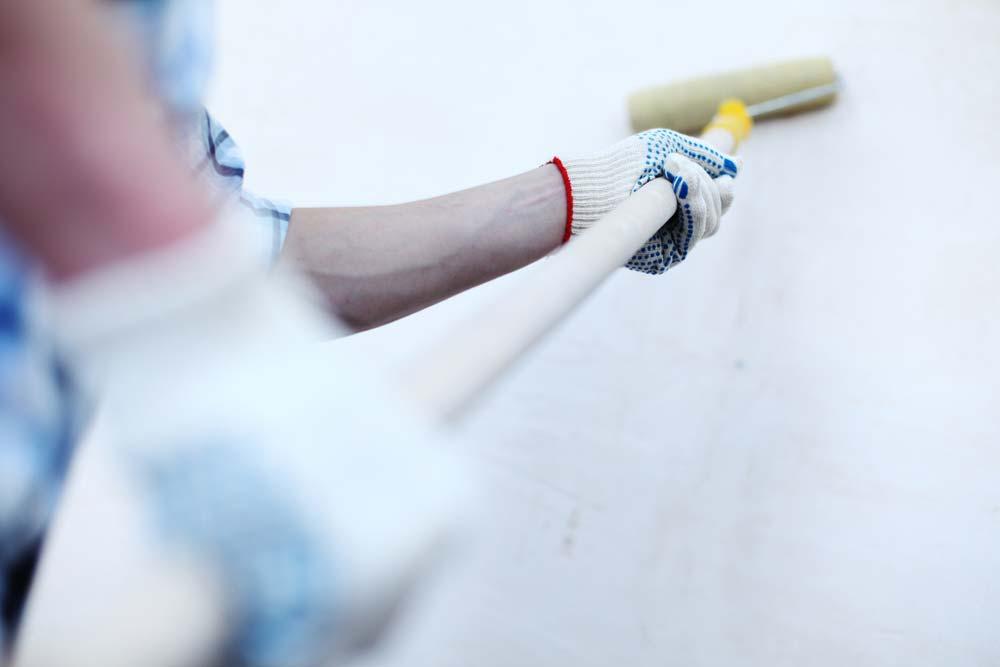 Como pintar parede: comece a pintar