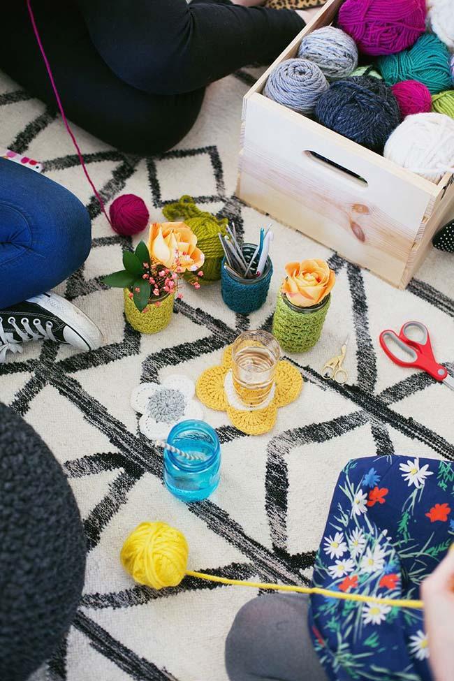Crochê é sempre uma boa ideia para artesanato: com a técnica é possível fazer peças variadas para uso próprio ou para vender