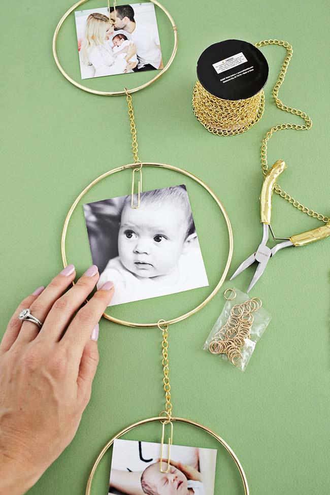 Construa um enfeite para fotos diferente e que pode ser usado em qualquer lugar da casa