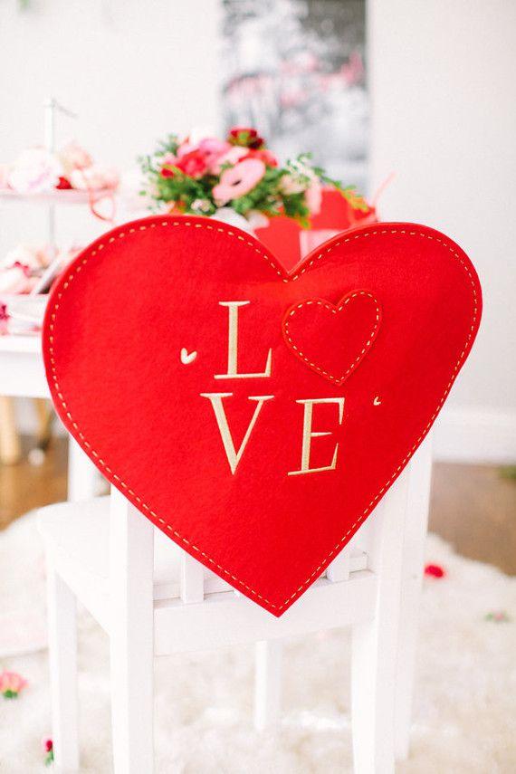 Coração de feltro para decoração de casamento