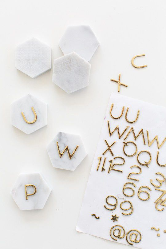 Artesanato em geral: jogo de formas e letras para brincar com as crianças