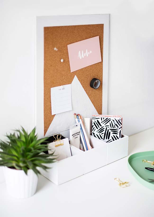 Artesanato em geral: porta trecos e mural de recados em um único objeto e, o melhor, feito artesanalmente