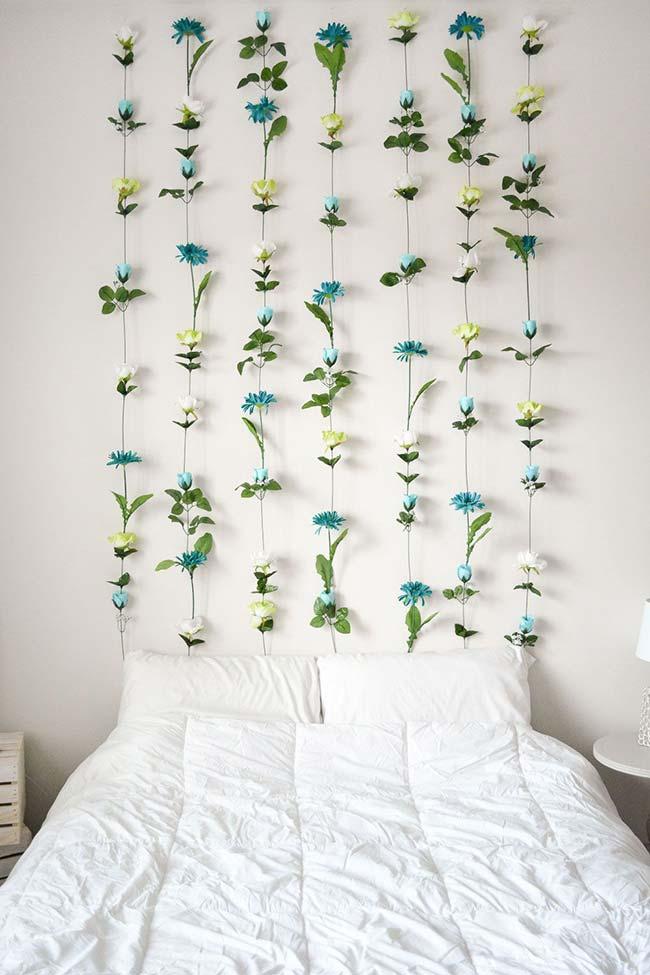 painel de flores feitas de EVA