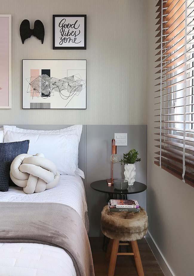 As persianas de madeira ficam bem com todo tipo de decoração