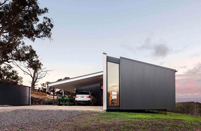 Casa container é pequena, mas vantajosa em relação ao preço