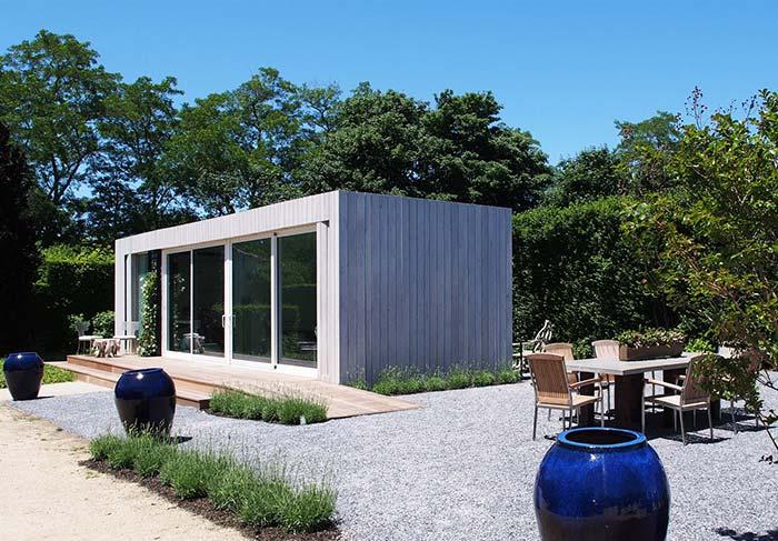 Casas pequeninas pré-moldadas podem ser uma grande vantagem para quem mora sozinho e deseja algo simples e econômico