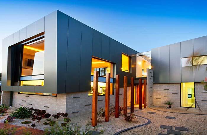 Casa pré-moldada com design arrojado