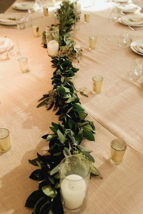 Mesa de casamento simples decorada