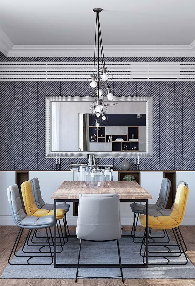 Salas de jantar moderna apostou na tendência de usar cadeiras iguais