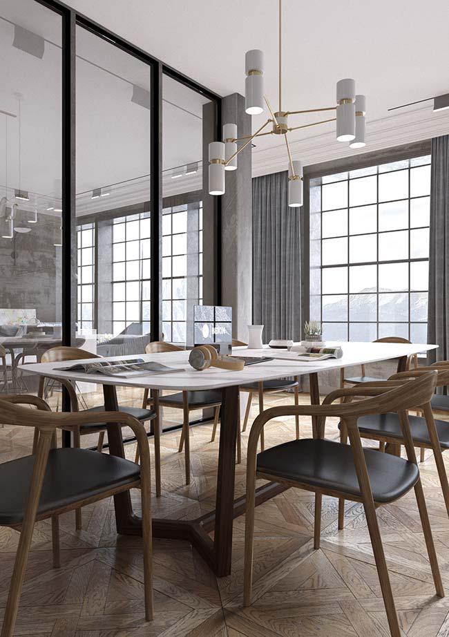Decoração moderna da sala de jantar apostou em cadeiras com braço e encosto